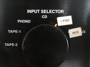 Input selector options of tape 2, tape 1, phono, cd, ipod and aux. Ipod is selected.